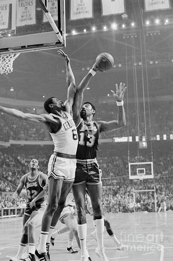 Wilt Chamberlain Trys For Basket Photograph by Bettmann