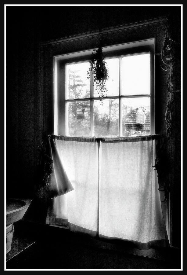 Window Lighting #2 Photograph by Harold Silverman - Buildings & Cityscapes