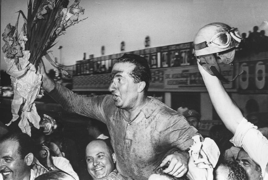 Winner Ascari Photograph by Hulton Archive