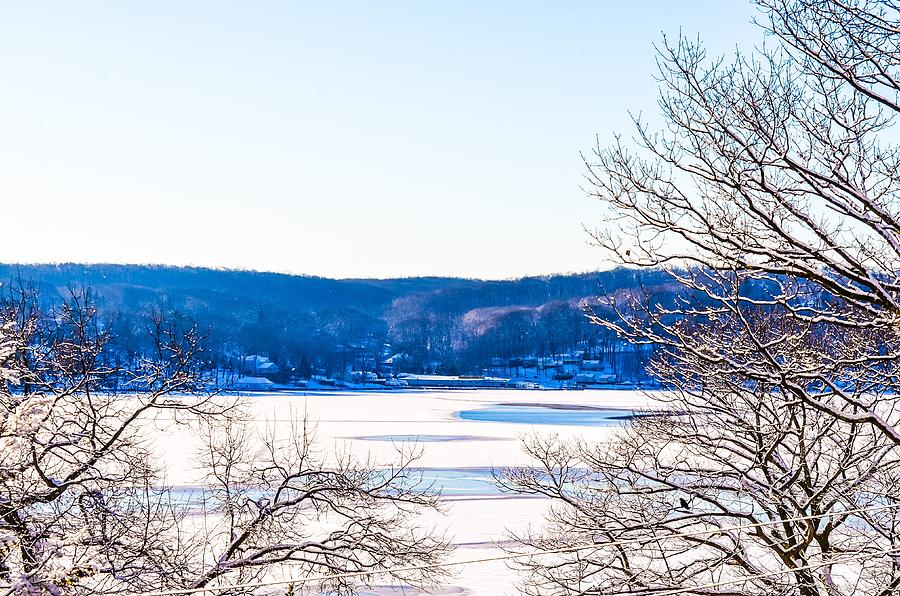 Winterscape on Lake Hopatcong, New Jersey by Maureen E Ritter
