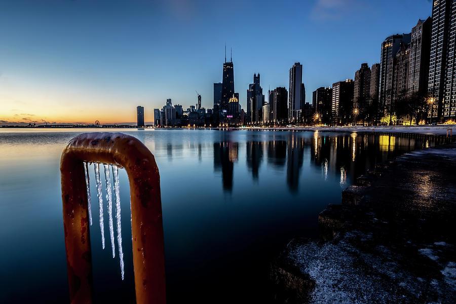 Wintry lakefront scene in Chicago  by Sven Brogren