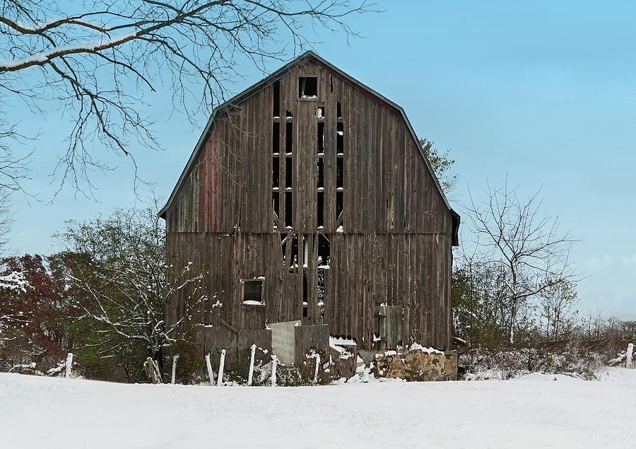 Wisconsin Barn by Kim Hojnacki