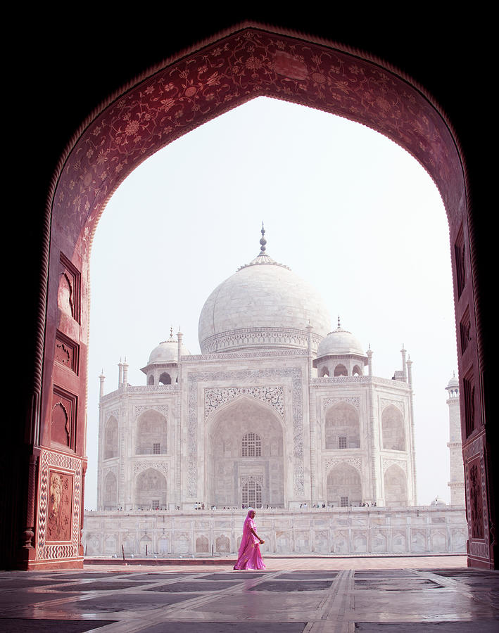 Woman In Pink At The Taj Mahal Photograph by Shanna Baker