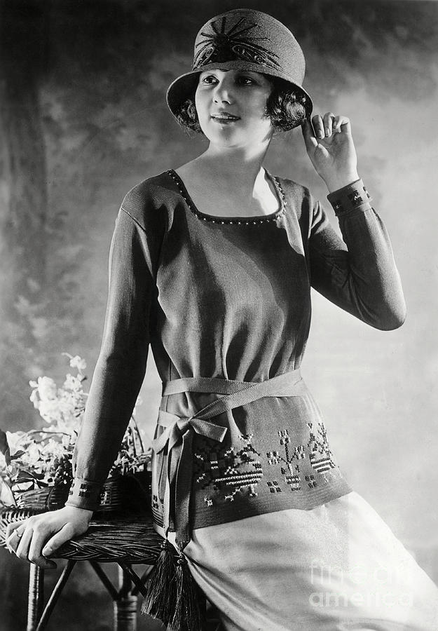 Woman Modeling Sweater And Hat Photograph by Bettmann