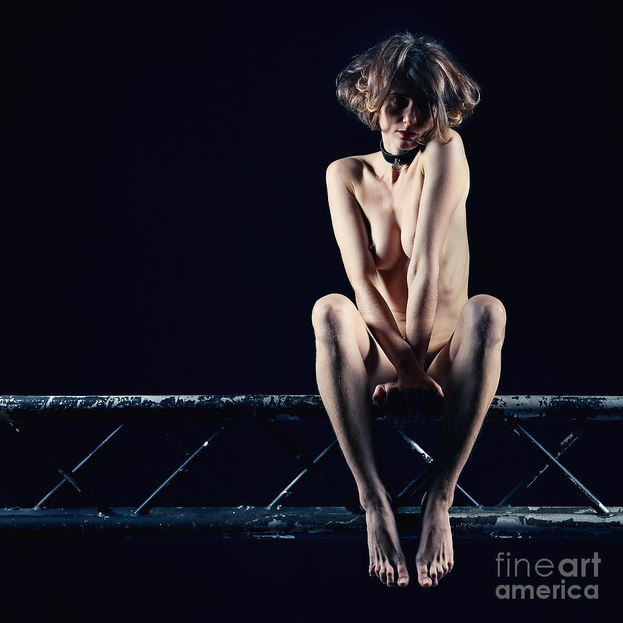 Woman nude on a Stage truss by William Langeveld