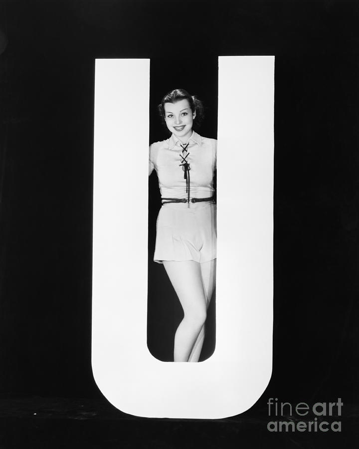Testimonial Photograph - Woman Posing With Huge Letter U by Everett Collection
