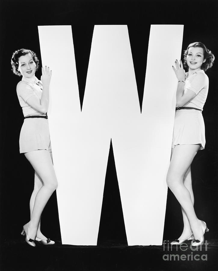 Big Photograph - Women Posing With Huge Letter W by Everett Collection