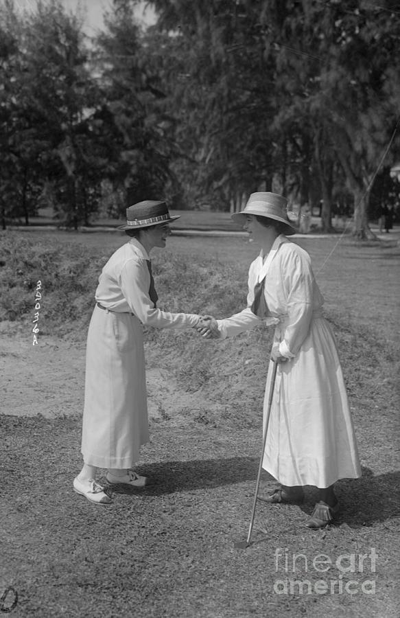 Women Shaking Hands After Golf Match Photograph by Bettmann