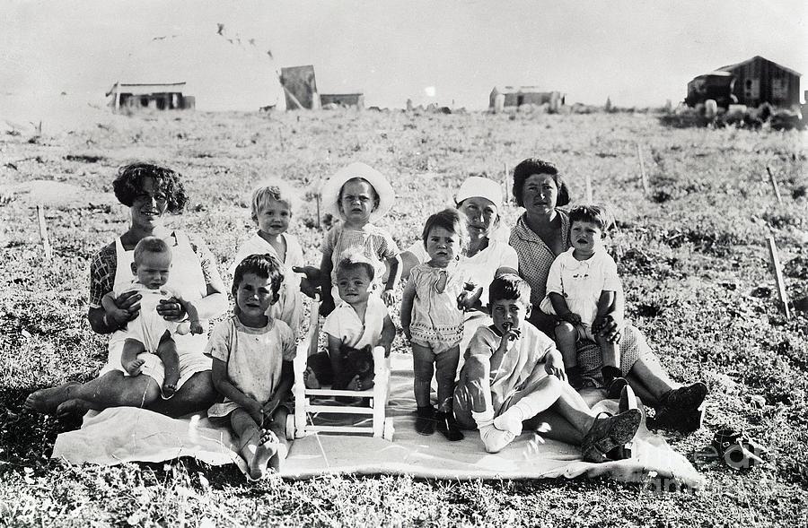 Women With Children In Field Photograph by Bettmann