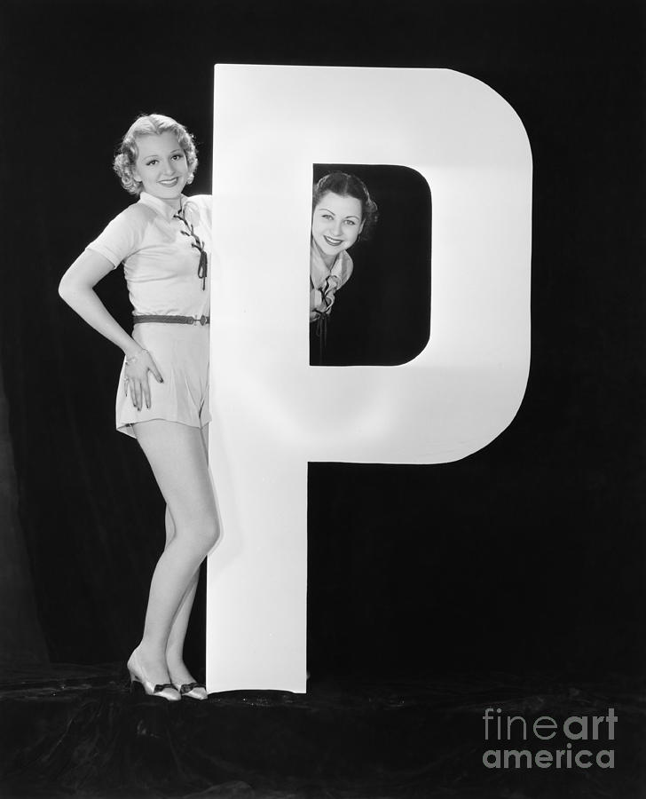Big Photograph - Women With Huge Letter P by Everett Collection