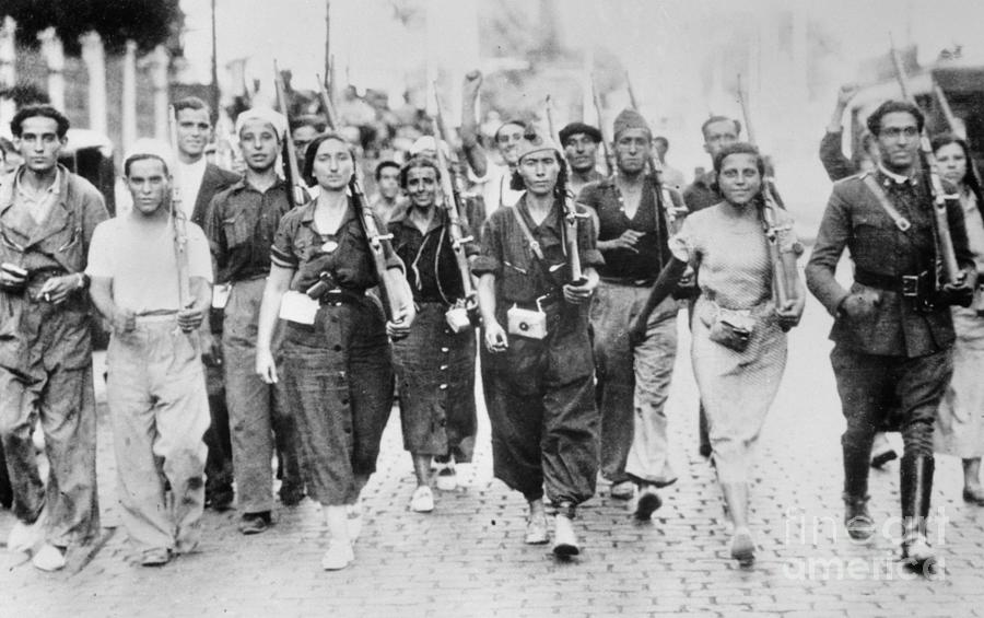 Women With Rifles Marching Photograph by Bettmann