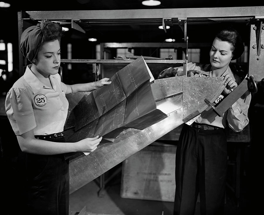 Women Working In Factory Photograph by George Marks