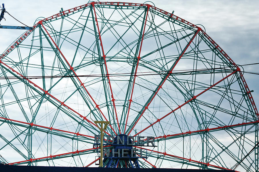Wonder Wheel by Ann Murphy