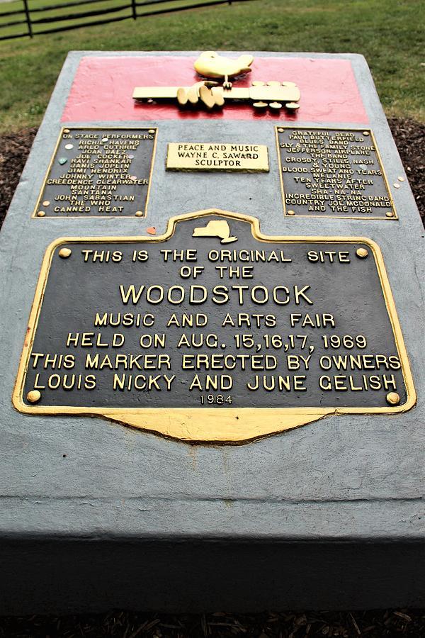 ART PRINT POSTER Woodstock Monument