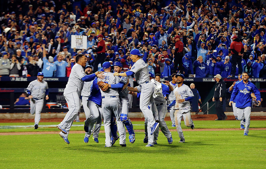 World Series - Kansas City Royals V New Photograph by Jim Mcisaac