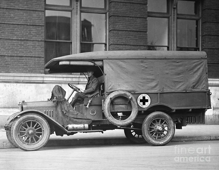 World War I Red Cross Ambulance Photograph by Bettmann