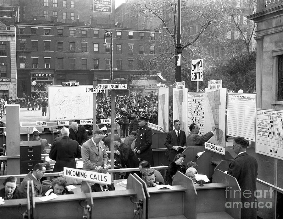 Wwii Air Raid Drill In New York City Photograph by Bettmann