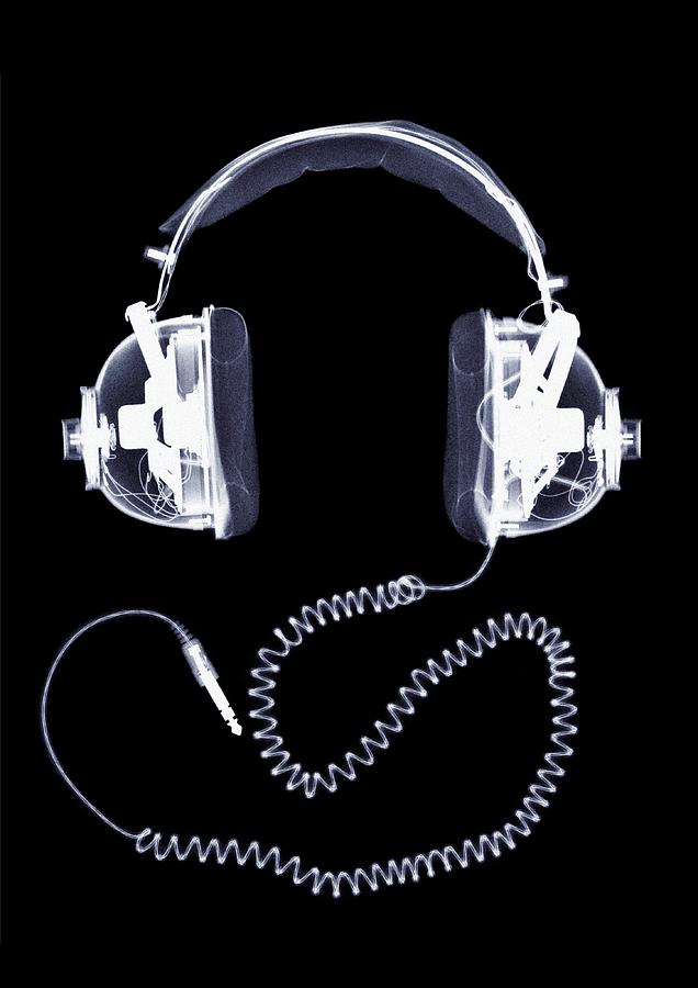 X-ray Of Headphones Photograph by Nick Veasey