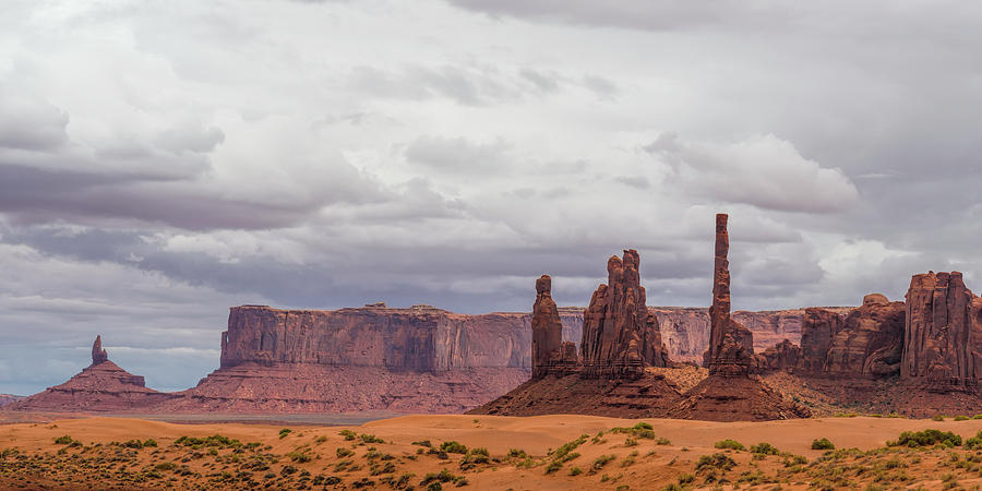 Monument Valley Photograph - Yei Bichei by Mike Herdering