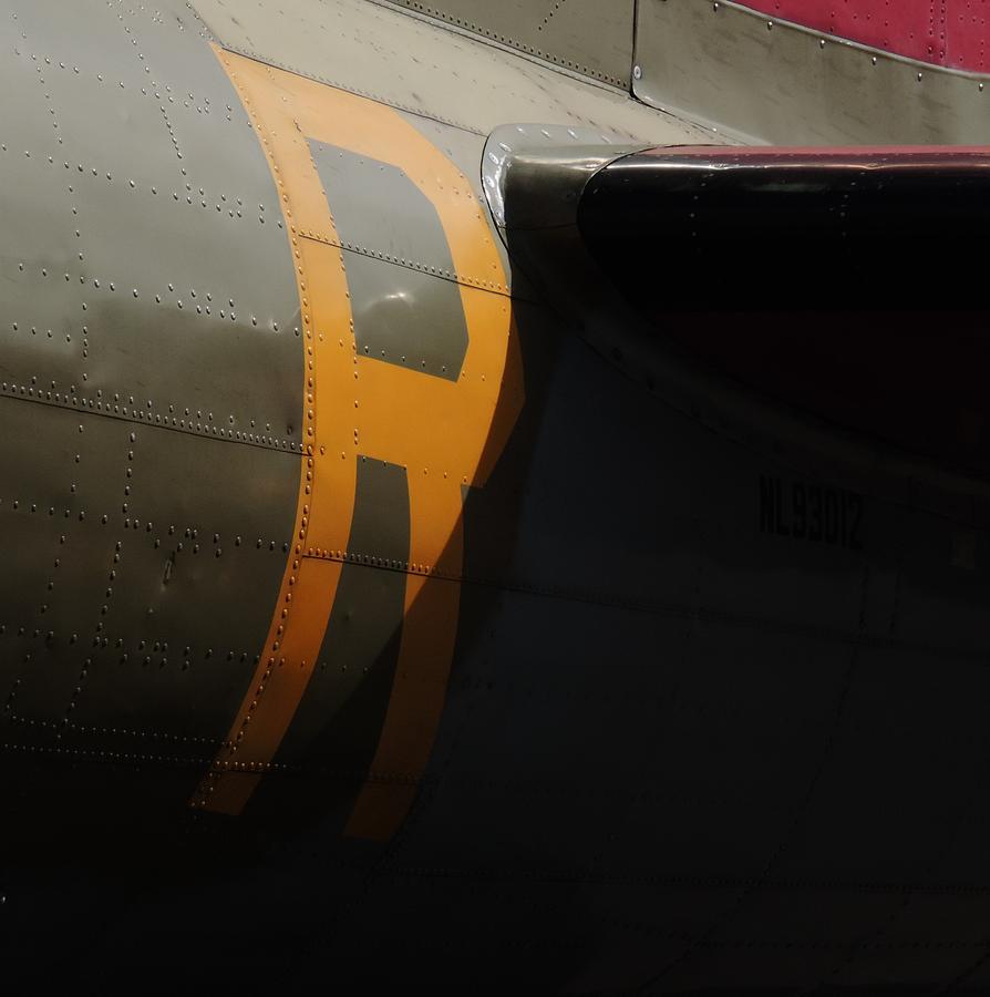 Yellow R by Bill Tomsa
