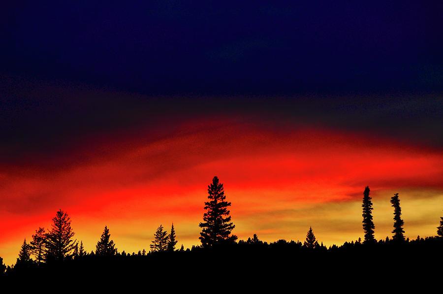 Yellowstone Sunset Photograph by Bill Gracey