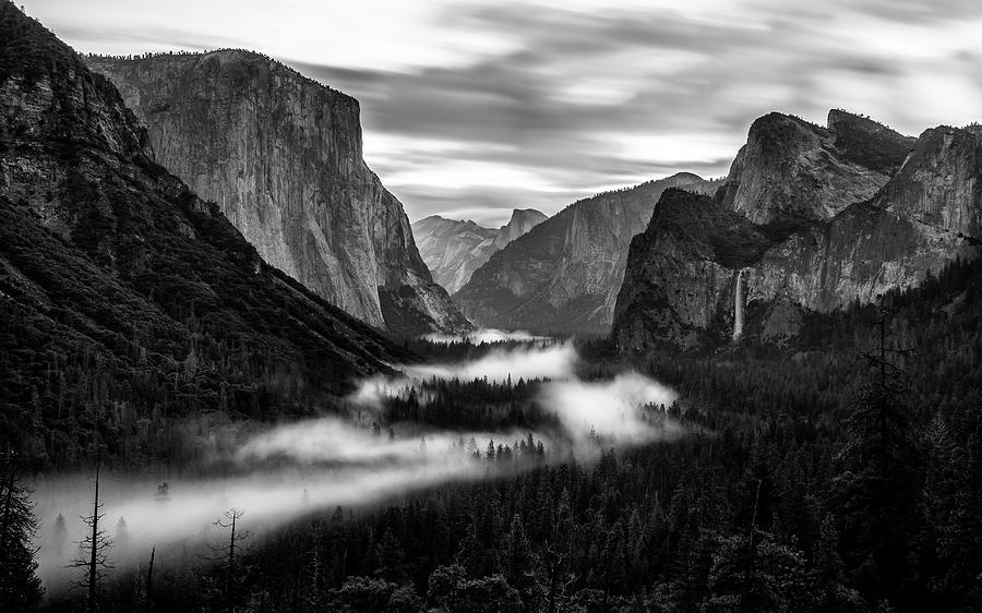 Yosemite fog 1 by Stephen Holst