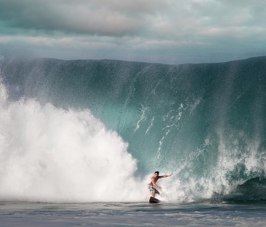 Young Man Surfing On Wave Photograph by Ed Freeman