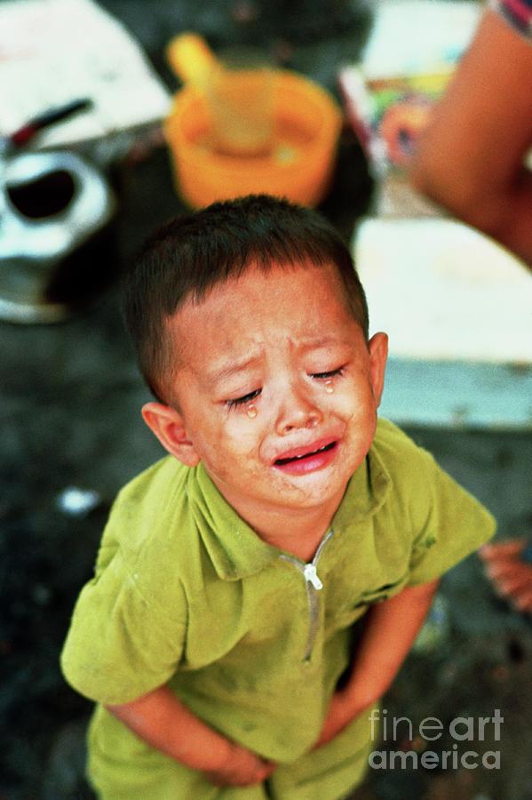 Young Vietnamese Boy Crying Photograph by Bettmann