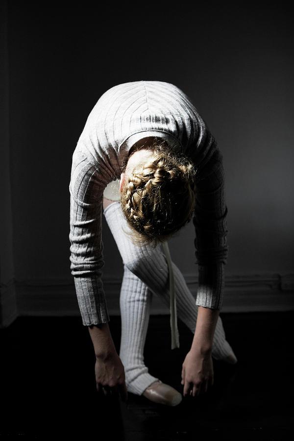 Young Woman Bending Photograph by Win-initiative/neleman