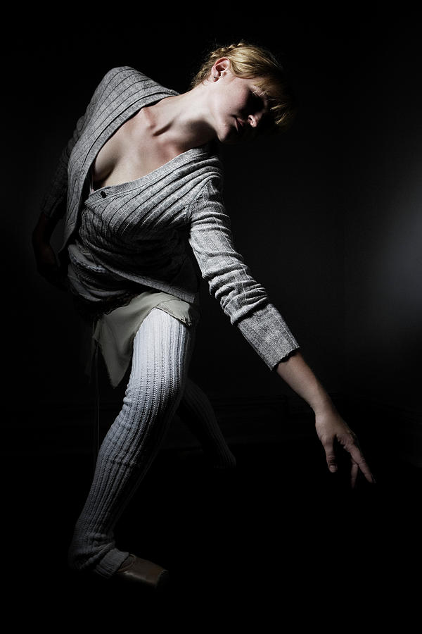 Young Woman Performing Ballet Photograph by Win-initiative/neleman