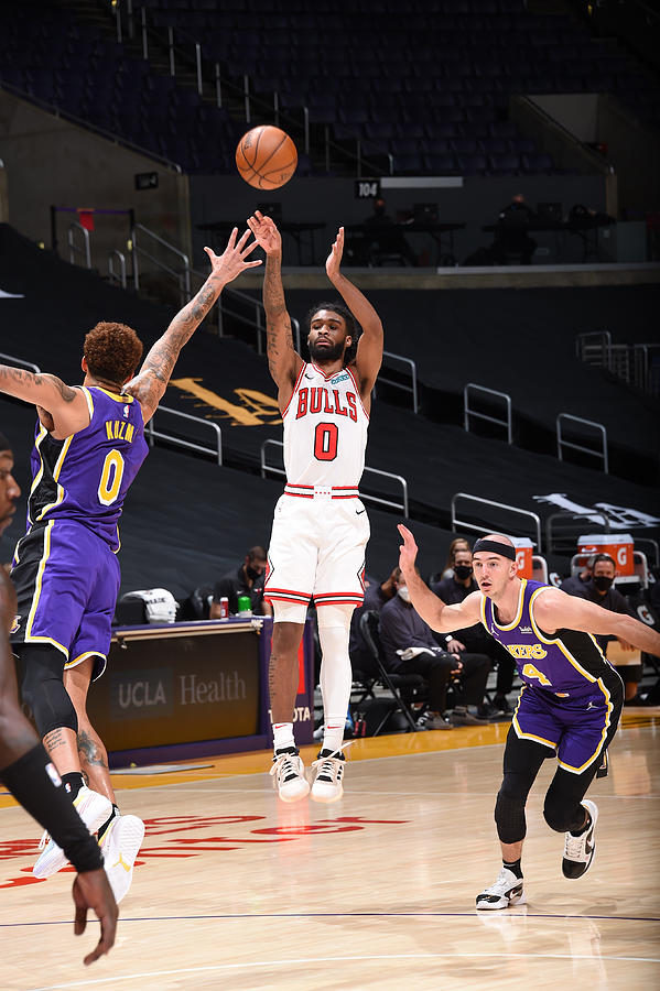 Chicago Bulls v LA Lakers Photograph by Adam Pantozzi