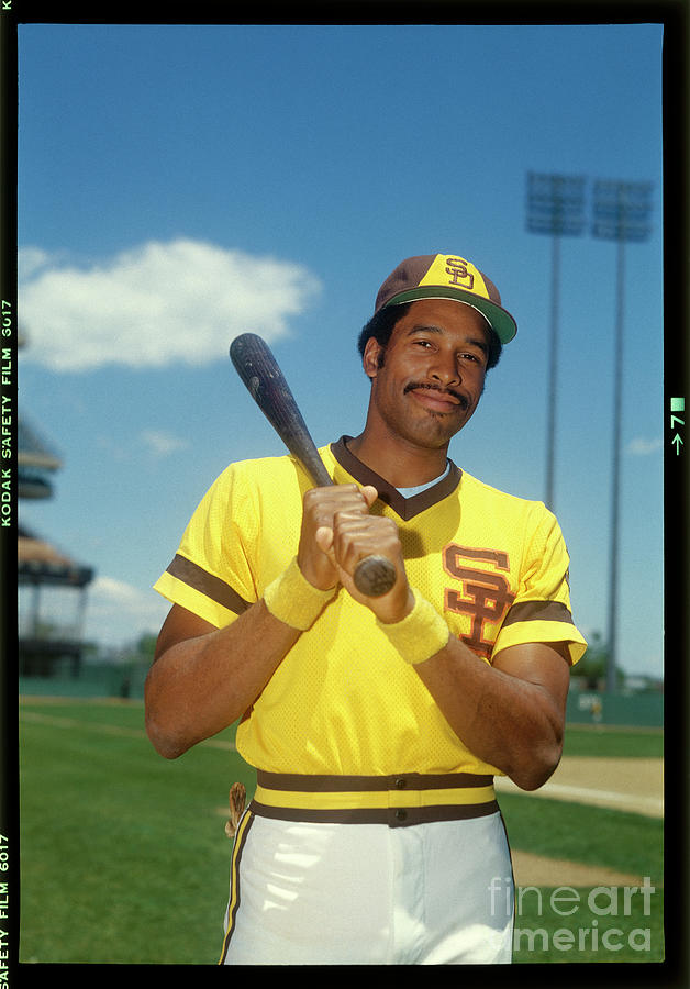 Dave Winfield Photograph by Louis Requena