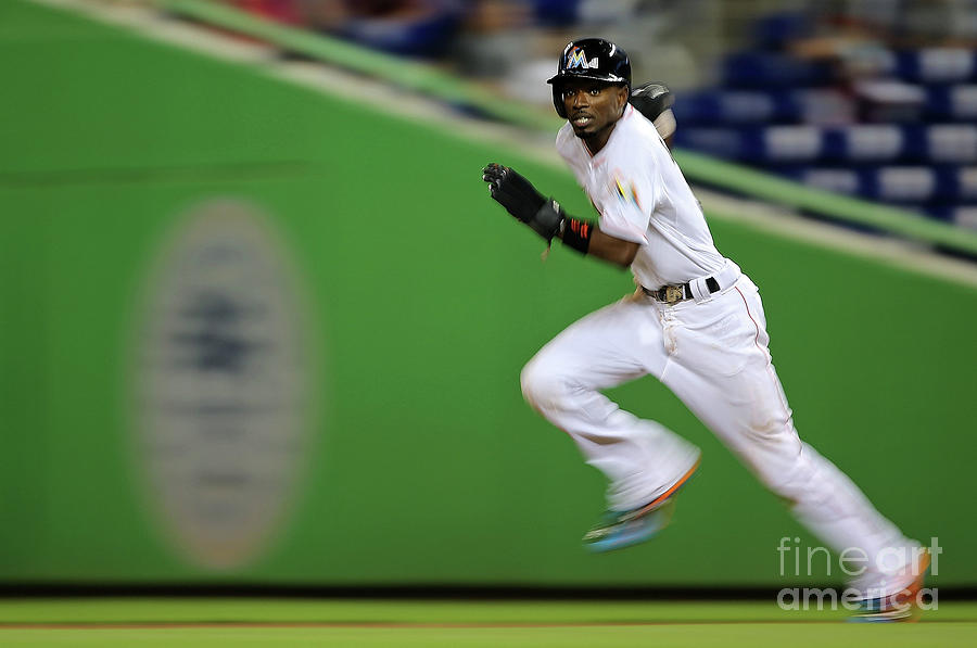 Dee Gordon Photograph by Mike Ehrmann