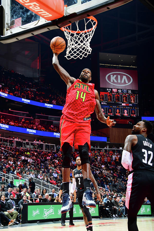 Dewayne Dedmon Photograph by Scott Cunningham