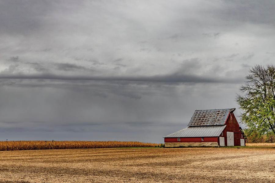 Landscape Photograph - Indiana Barn #109 by Scott Smith