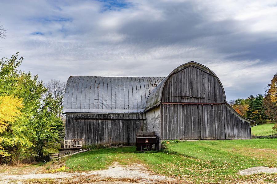 Landscape Photograph - Indiana Barn #116 by Scott Smith