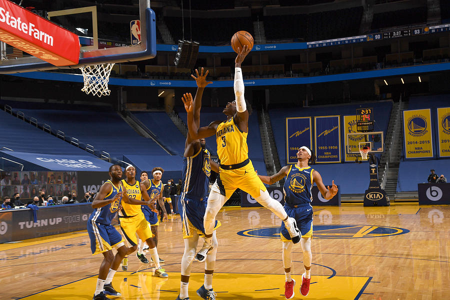 Indiana Pacers v Golden State Warriors Photograph by Noah Graham