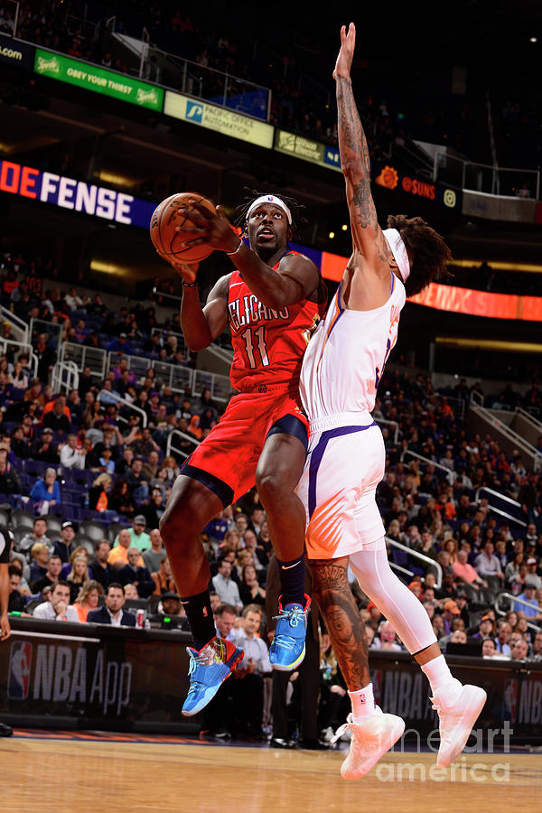 Jrue Holiday Photograph by Barry Gossage