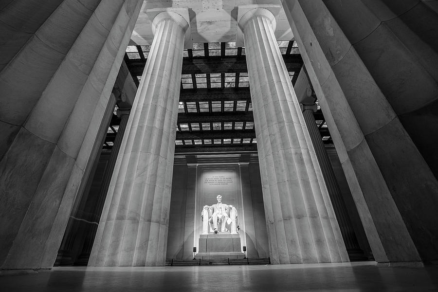 Lincoln Memorial in Black and White by John McGraw