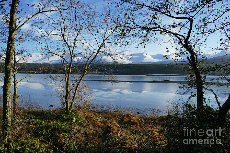 Loch Morlich - Cairngorm Mountains by Phil Banks