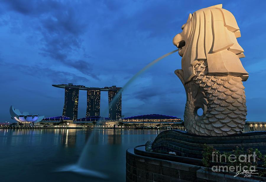 Singapore Photograph - Merlion And Marina Bay Sands by Jeffrey Stone