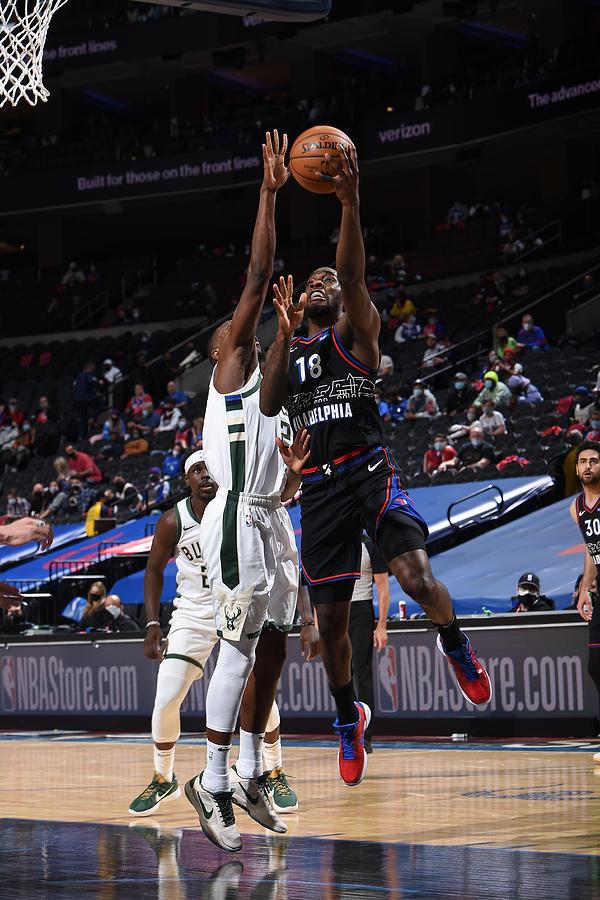 Milwaukee Bucks v Philadelphia 76ers Photograph by David Dow