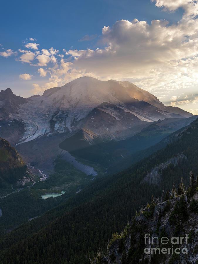 Mount Rainier Dusk Sunrays Photograph