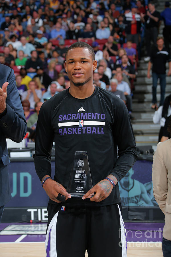 Oscar Robertson and Ben Mclemore Photograph by Rocky Widner