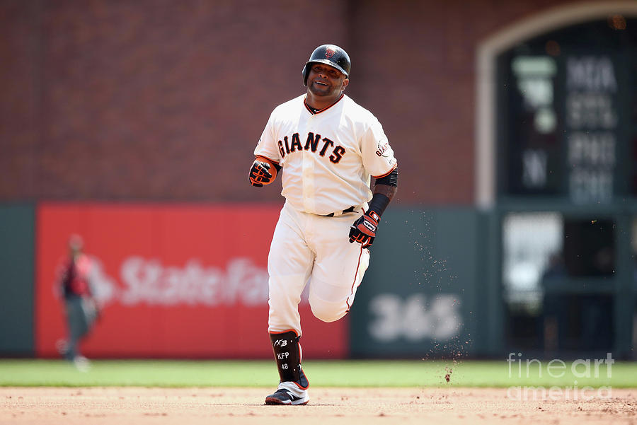 Pablo Sandoval Photograph by Ezra Shaw