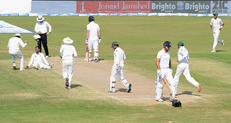 Pakistan v England - 3rd Test: Day Five Photograph by Gareth Copley