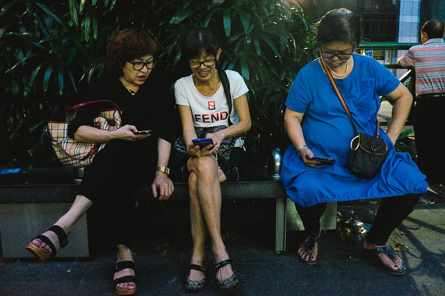 People Using Cellphones Photograph by Neo Chee Wei