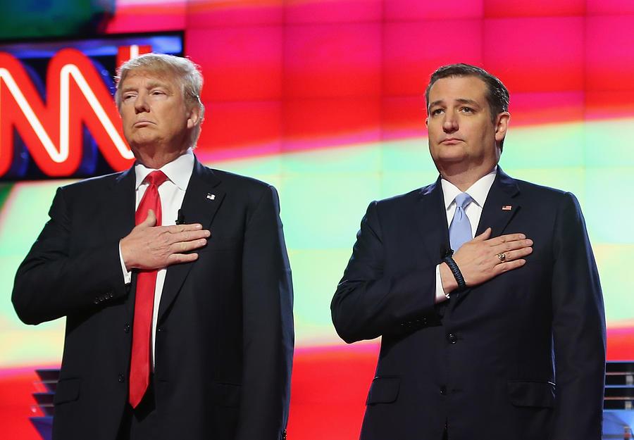 Republican Presidential Candidates Debate In Miami Area Photograph by Joe Raedle