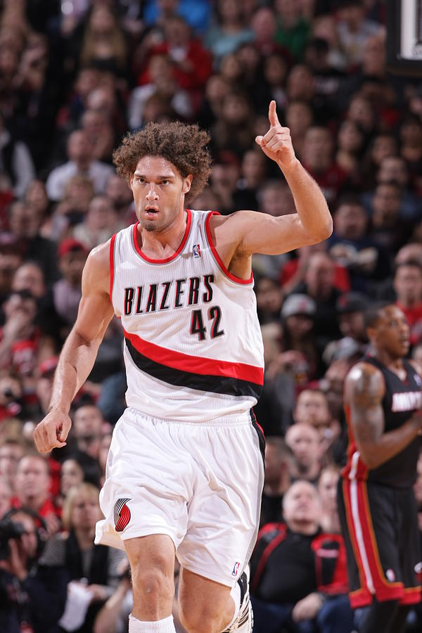 Robin Lopez Photograph by Sam Forencich