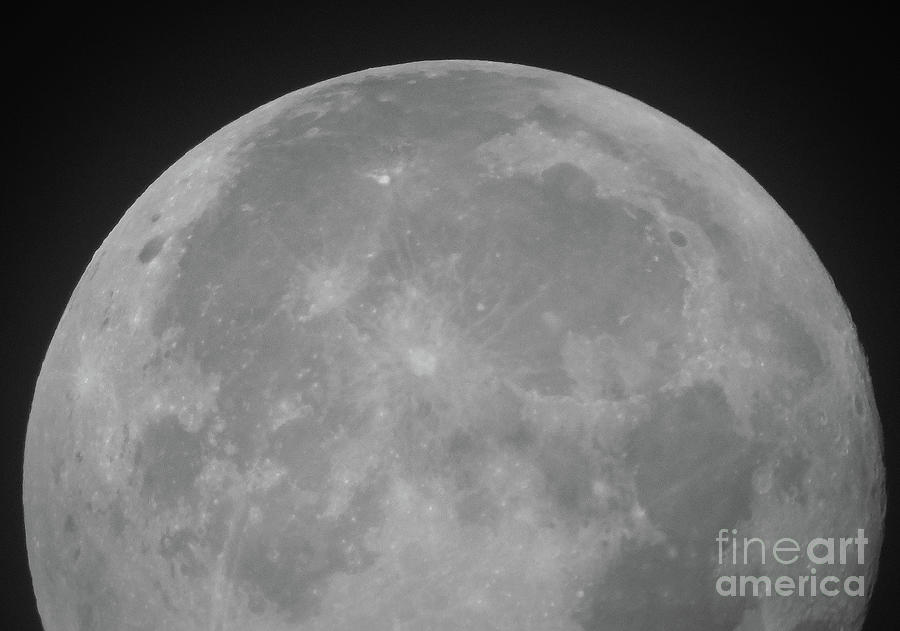The Moon Photograph - The Moon by Andy Thompson